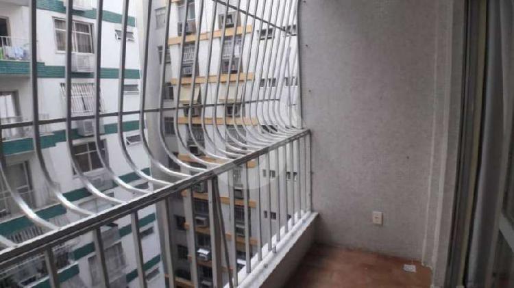 Espetacular apartamento 2 quartos em icaraí
