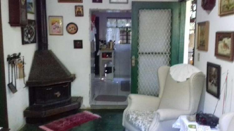 Excelente chácara ou casa de campo, com fácil acesso ao