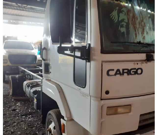 Ford cargo 816 s ano 2012 mod 13 no chassi