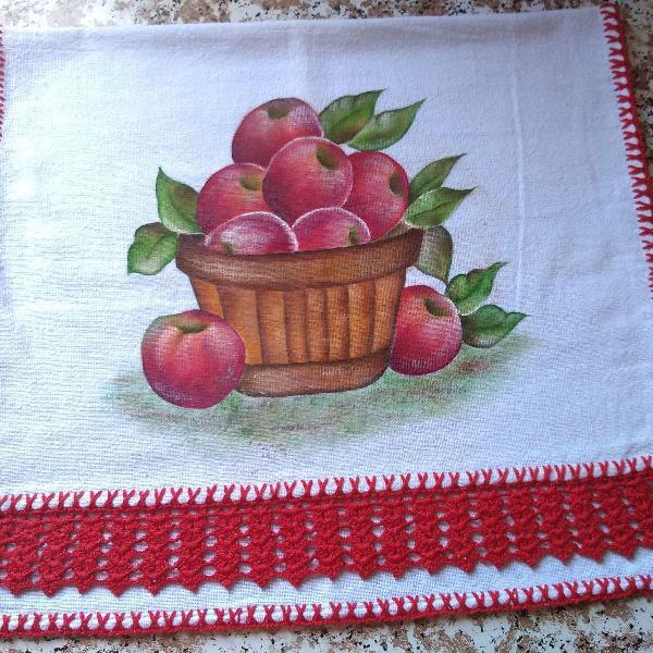 Pano de copa artesanal cesta de maçãs