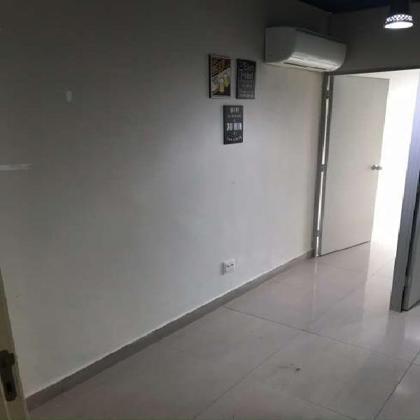 Sala/conjunto para aluguel possui 36 metros quadrados