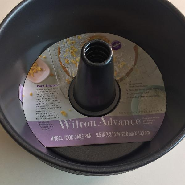 Forma para bolo chiffon wilton