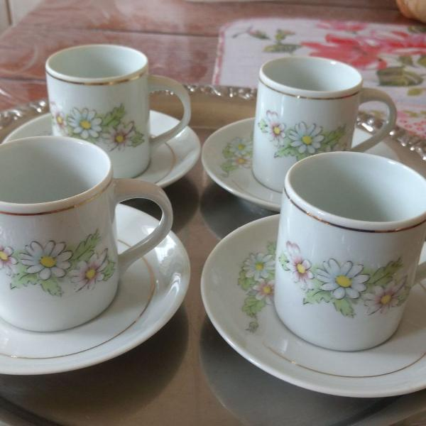 Jogo para chá em porcelana
