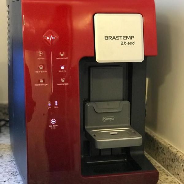 Máquina de bebidas brastemp b.blend
