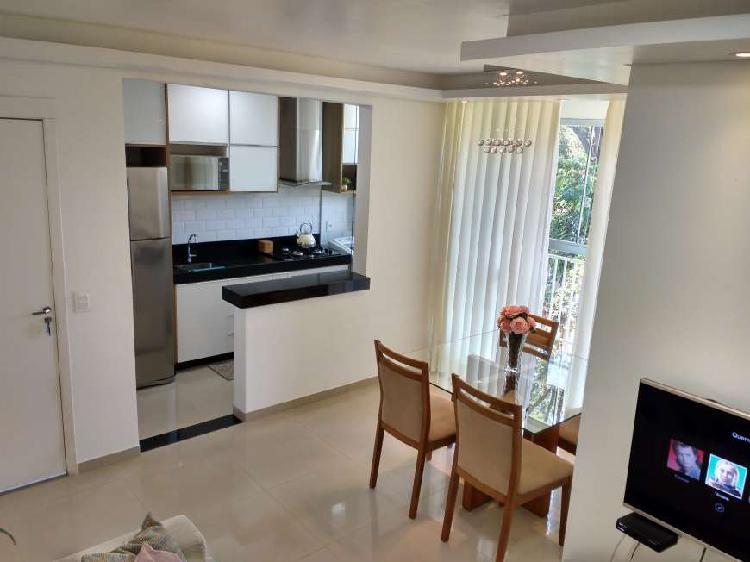 Apartamento 02 quartos com varanda e suíte