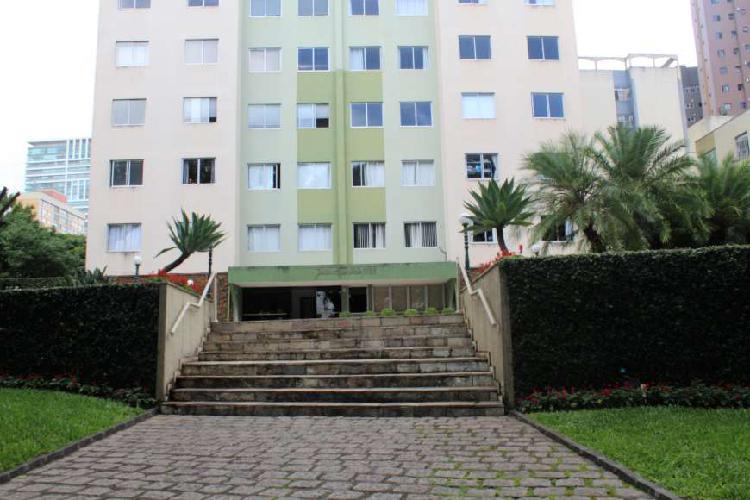Apartamento 3 quartos no água verde