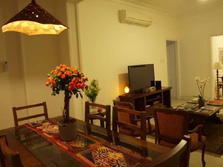 Apartamento para aluguel possui 130 metros quadrados com 3