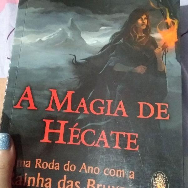 Livro de bruxaria- a magia de hécate
