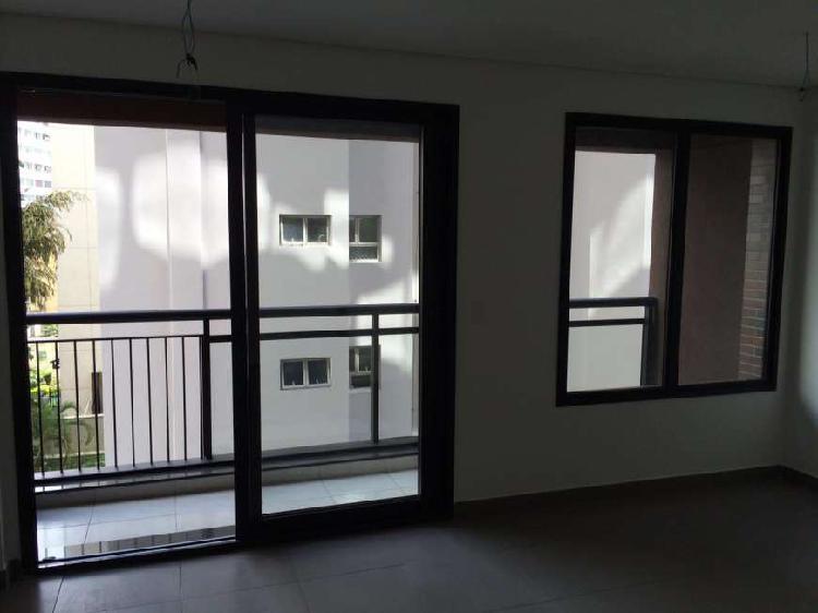 Sala pronta para primeira locação com 26 m2 em aclimação