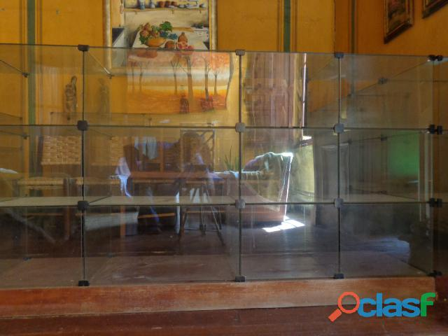 Balcões de vidro modulado para atendimento loja