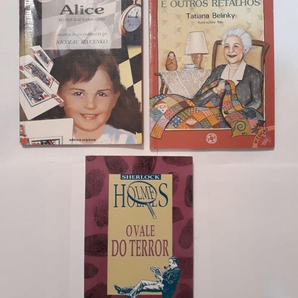 Kit com 03 livros diversos infanto juvenil