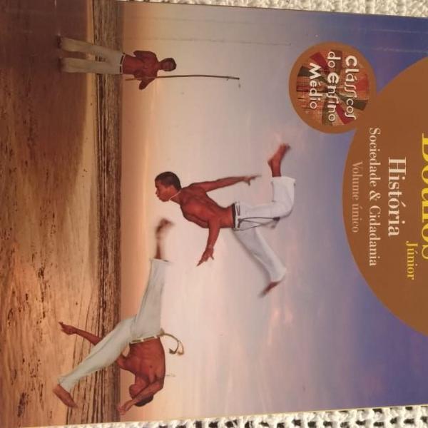 Livro de história ensino médio volume único