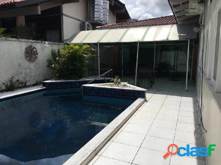 Alugo excelente casa para executivos em condominio de luxo no adrianopolis - manaus amazonas - am