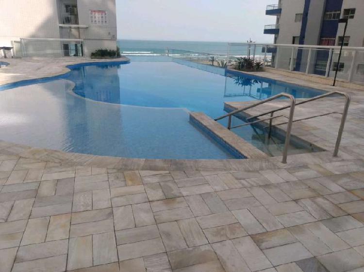 Apartamento alto padrão frente praia
