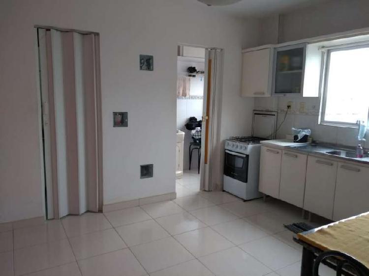 Apartamento 1 dormitório localizado no bairro vila real em
