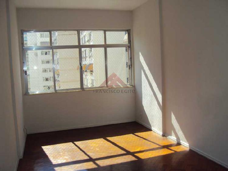 Apartamento 2 quartos icaraí aluga.