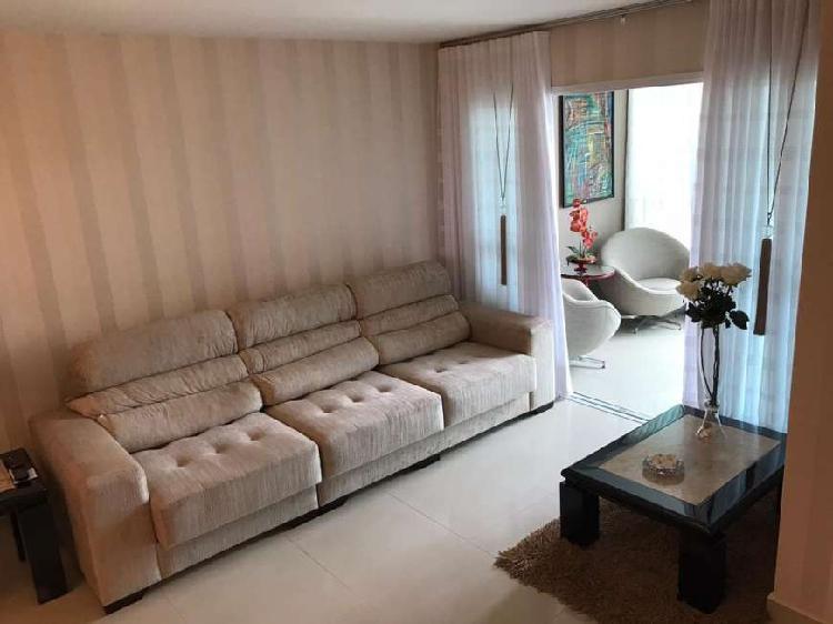 Apartamento à venda de 3 quartos com suíte, 94m² em
