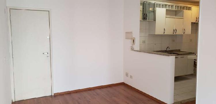 Apto. Frei Caneca - 02 dormitórios