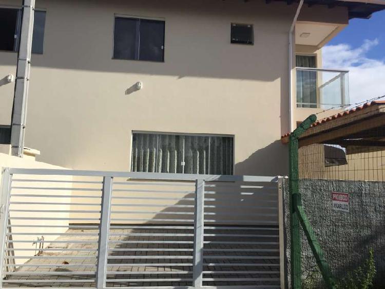Casa no bairro rio tavares em excelente localização