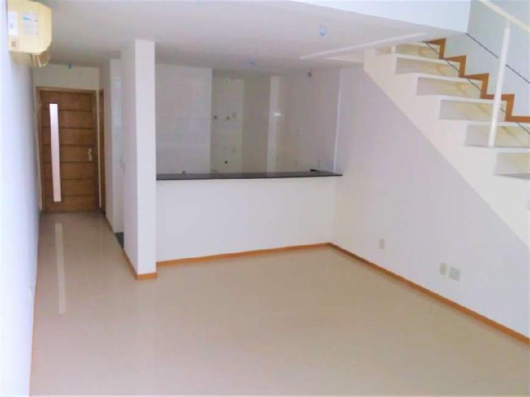 Oportunidade: loft duplex, 63m², 02 vagas de garagens
