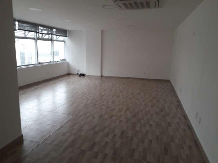Alugo sala/conjunto com 60 m2 próximo ao metrô brigadeiro