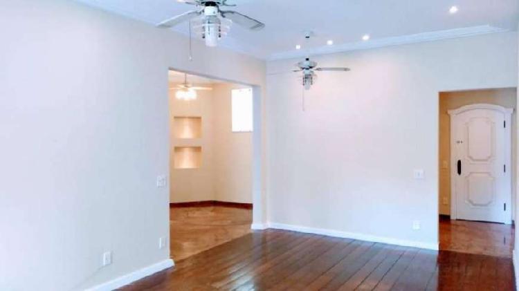 Apartamento para aluguel tem 140 metros quadrados com 3