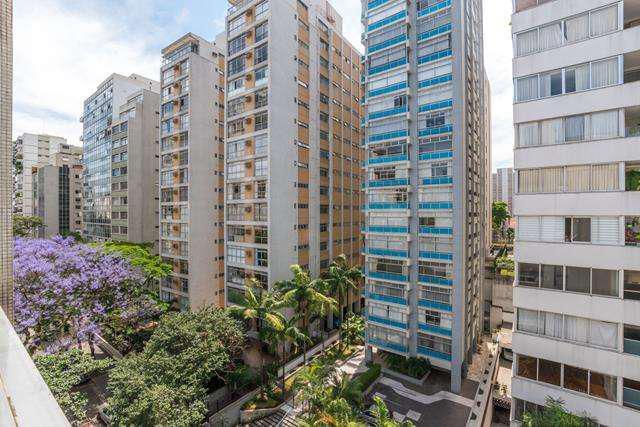 Apartamento para venda possui 129 metros quadrados com 3