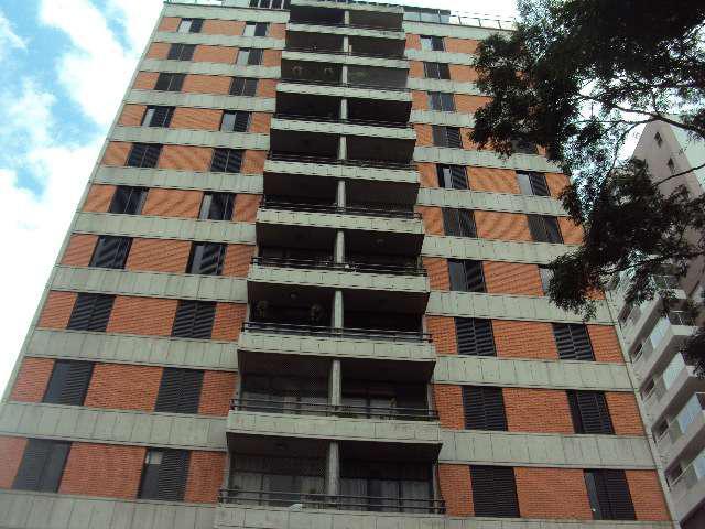 Apartamento reformado em otimo estado de conservação andar