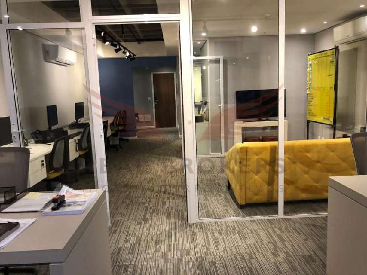 Sala comercial de alto padrão para locação pronta para