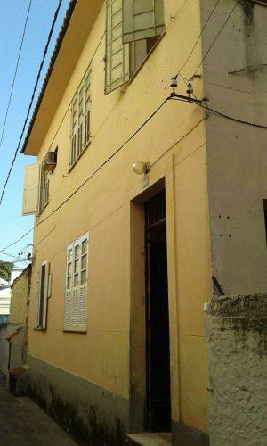 Aluguel r$1100 apto 2 qtos em vila no rocha, rua ana neri,
