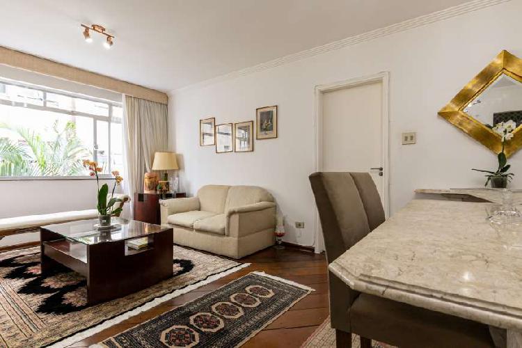 Apartamento com 98,63m de área útil, nos jardins.