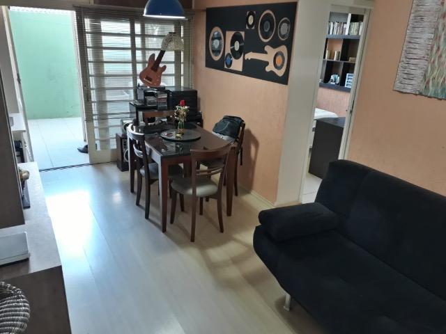 Apartamento com quarto à venda, 55m²