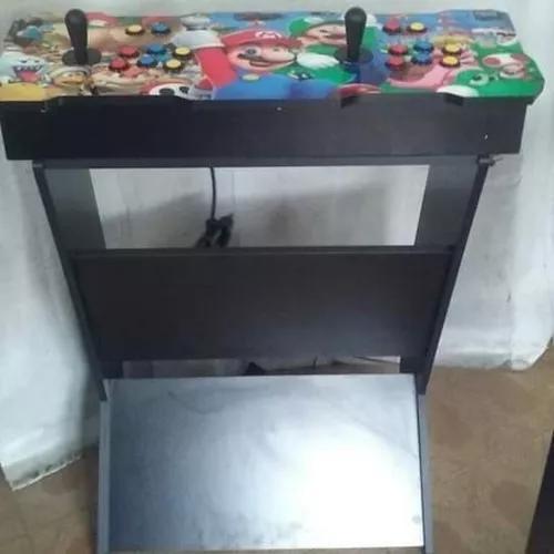 Arcade fliperama com base