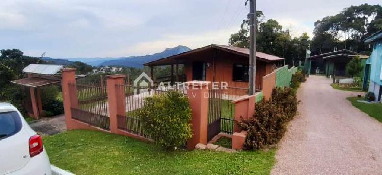Casa para venda com 3 quartos em terreno de 528m² na