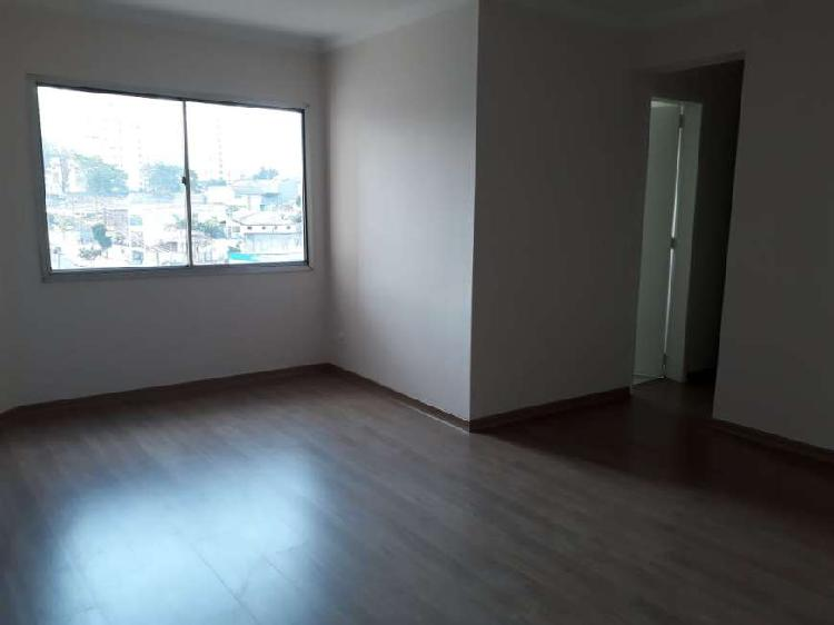 Excelente apto 100% reformado com 62m² 2 dormitórios sendo