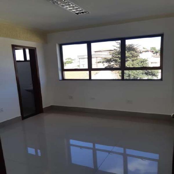Sala/conjunto - centro de betim mg - 12m²- banheiro