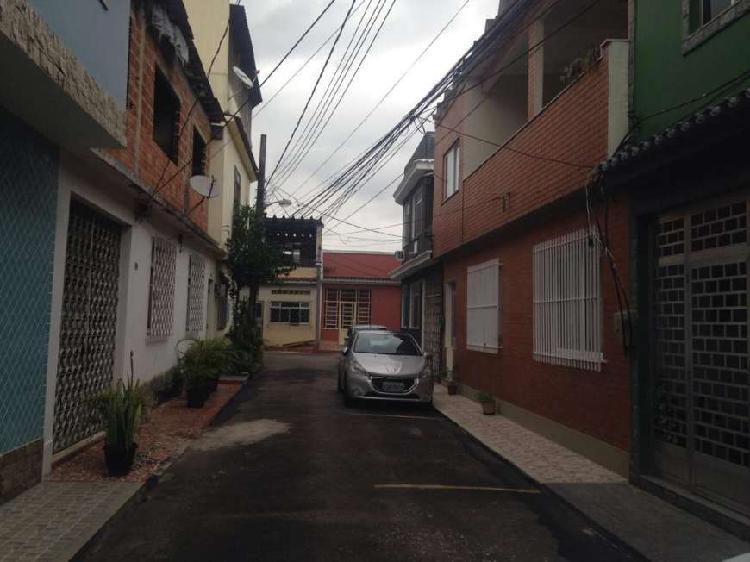 Vila/rua particular para venda com 0 metros quadrados com 3