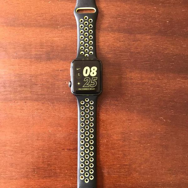 Apple watch series 2 42mm nike+ aluminium & pulseira