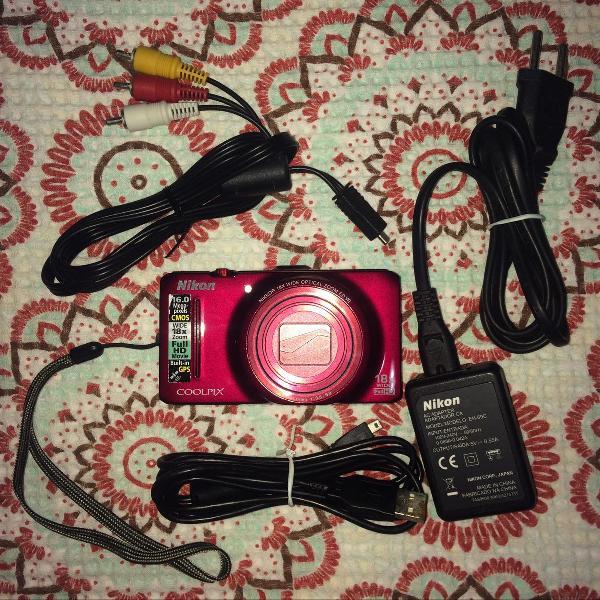 Câmera nikon coolpix s9300