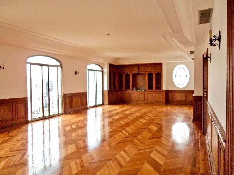 Apartamento Neo-classico 1 por andar - Alto padrão
