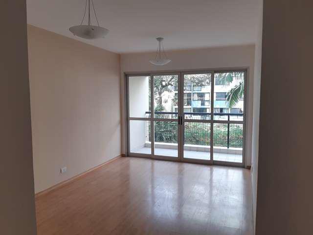 Apartamento com 2 quartos + dependência próximo ao pq