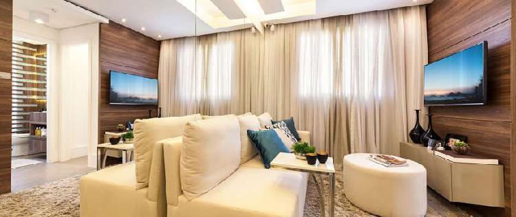 Apartamento novo de 02 dormitórios com fácil acesso a
