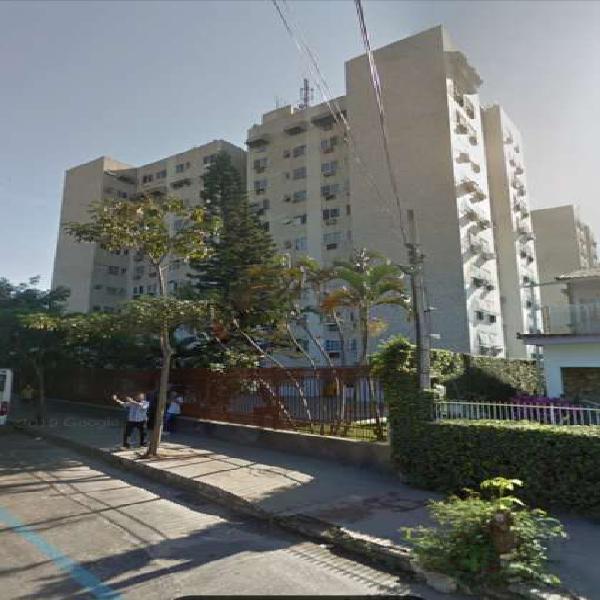 Apartamento para venda possui 67 metros quadrados com 2