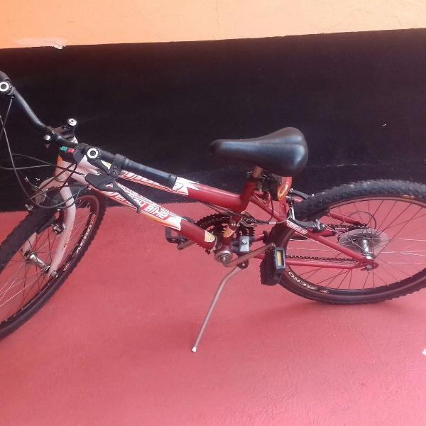Bicicleta (bike) feminina novinha