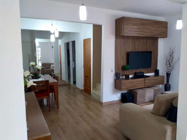 Casa condomínio fechado, 3 dormitórios, suite, 2 garagens