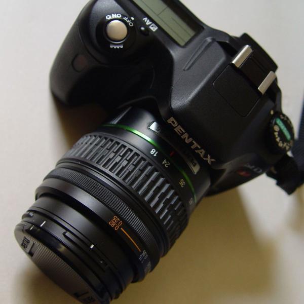 Camera digital dslr pentax ist dl