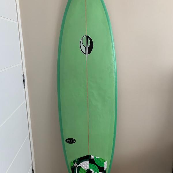 Prancha de surf glasser com capa