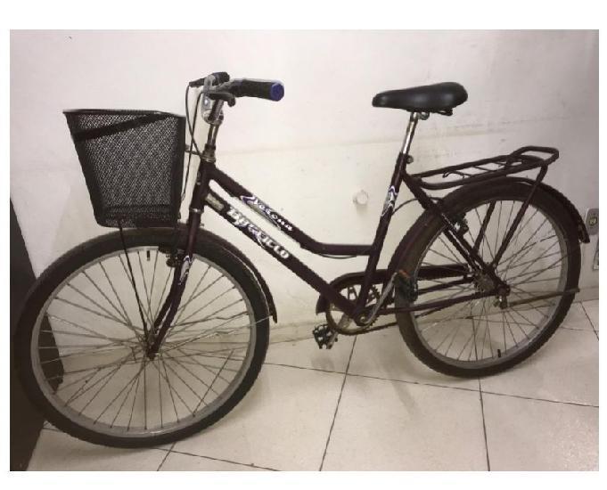 Bicicleta feminina seminova aro 26 com cestinha