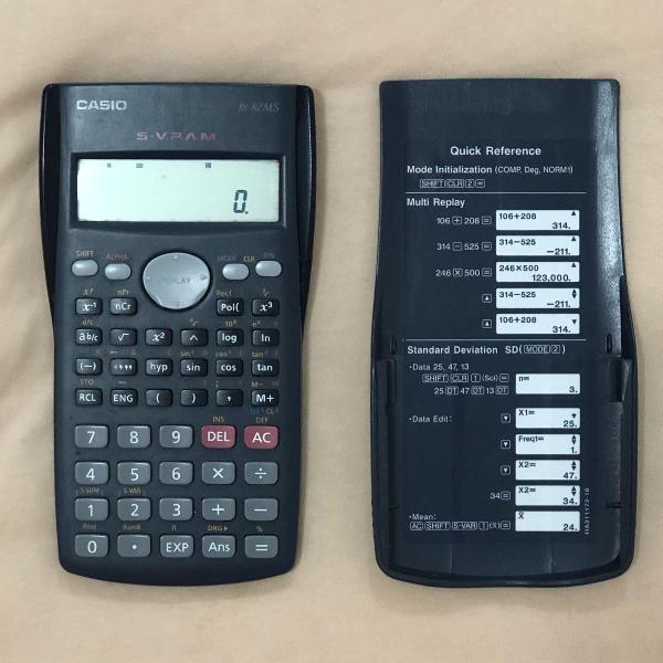 Excelente calculadora financeira da marca casio