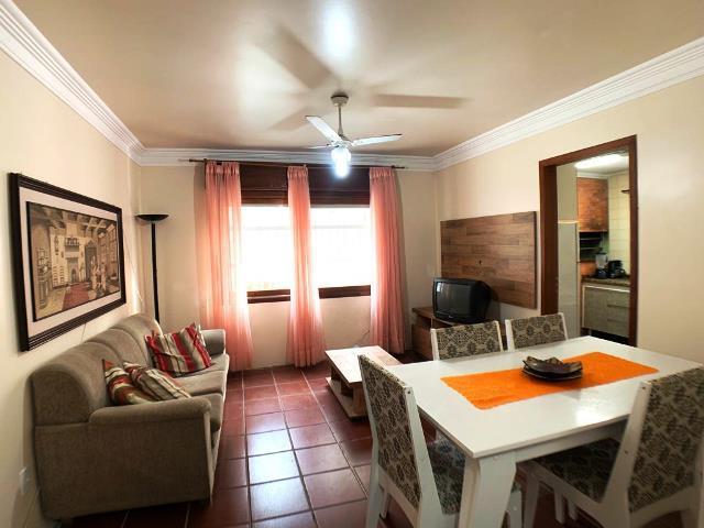 Apartamento de 02 dormitórios para locação no centro de